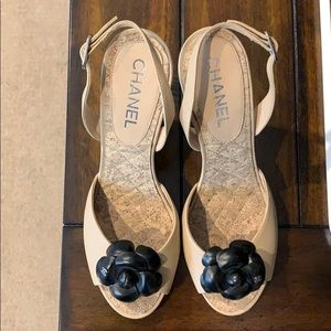 CHANEL sandals beige with black flower in front